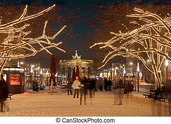 berlin brandenburger tor christmas - brandenburg gate in...