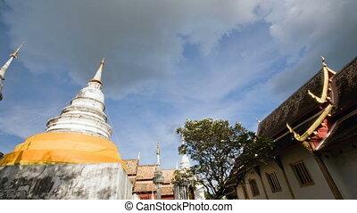 temples - wat phrasiningha waramahawiharn in chaing mai...