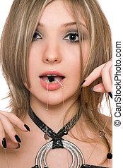 close-up, haar, mond, Kraal, verticaal, meisje, mooi en gracieus