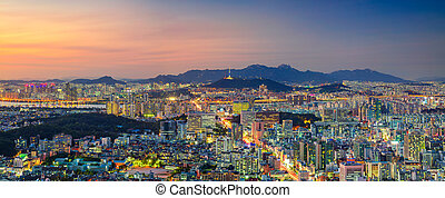 Seoul. - Panoramic cityscape image of Seoul downtown during...