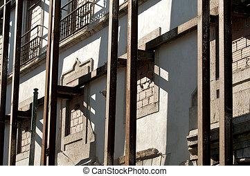 Home renovation - major home renovation project in Lisbon,...