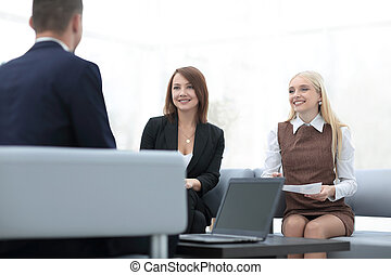 business team discussing business issues in office. photo...