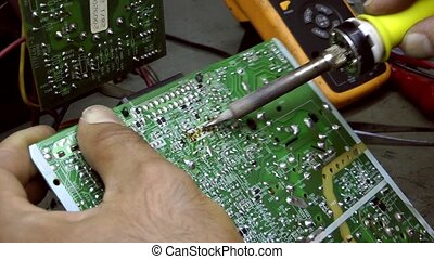 Electronic Repair Technology Soldering and Equipment