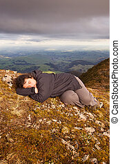 Snooze on top of the world 02 - A woman has a little shuteye...