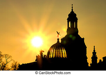 Dresden Church of Our Lady by night 02