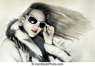 Fashion woman with developing hair - Fashion portrait of...