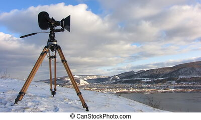 Film-chamber 1 - Time-lapse blue sky white clouds...