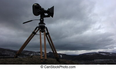 Film-chamber 5 - Time lapse of running clouds with...