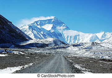 Mount Everest - Scenery of Mount Everest in Tibet China