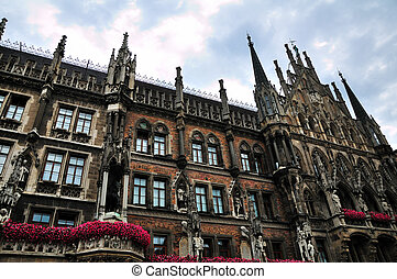 Town hall at the Marienplatz in Munich panorama