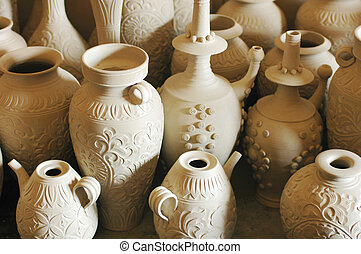 Pottery articles