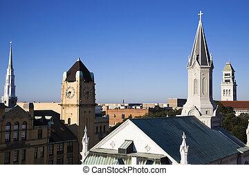 Churches in downtown Savannah