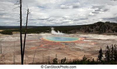 Grand Prismatic Spring in Yellowstone National Park - Time...