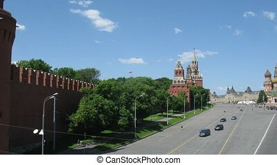 Road at Red Square, Kremlin and the river. Time lapse.