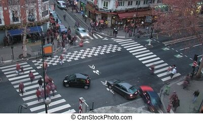 Brisk crossroads in Paris, France, the top view - PARIS -...