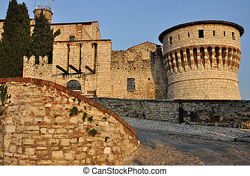 castle inner entrance, brescia - view of inner entrance of...