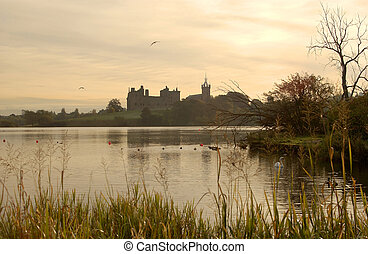 Linlithgow Palace at dusk - looking over loch at Linlithgow...