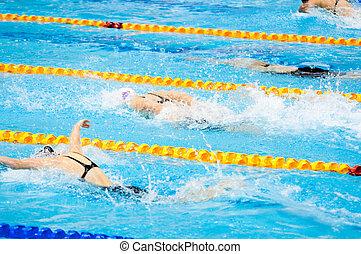 Nadadores, piscina, natación