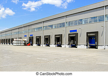 Warehouse cargo doors - Cargo doors at big industrial...