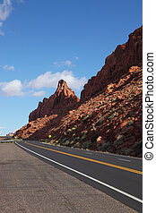 The magnificent road passes between rocks - The magnificent...