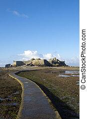 Causeway to castle - Low tide at the Elizabeth Castle...