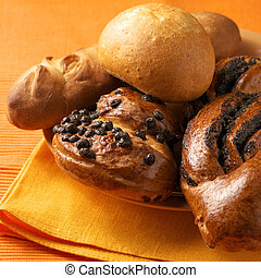 Assorted buns