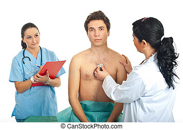 Doctor woman examine patient - Doctor woman examine young...