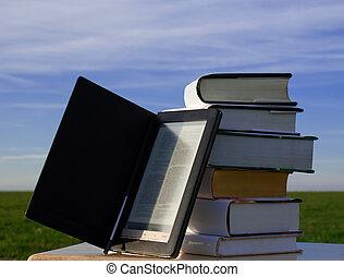 E-book reader and books