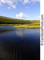 Peak District National Park - Dovestone Reservoir Peak...