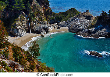 McWay Falls 7662 - Spring-fed McWay Creek runs year-round....
