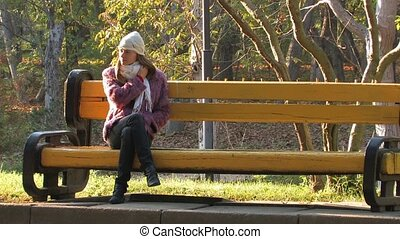 Beautifull Woman in park - Beautifull young Woman sitting on...