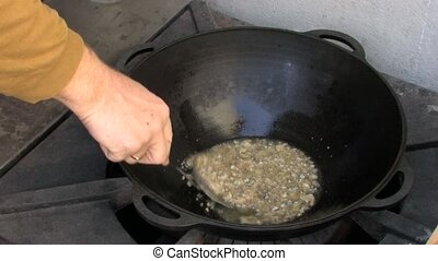 Boiling melted fat