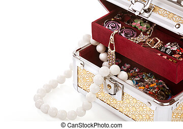 Casket filled with costume jewellery - Opened casket filled...