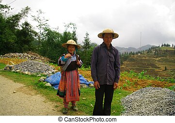 Couple Hmong flowered ethnicity - Couple of the Hmong...