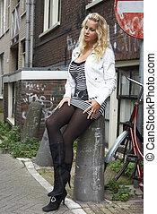 pretty blonde in ghetto