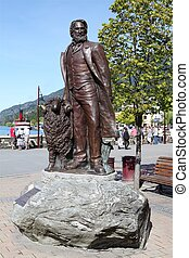 Queenstown - Statue in Queenstown in New Zealand