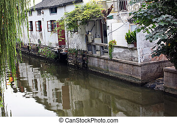 Ancient Chinese Houses Reflection Canals Suzhou China -...