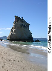 At the beach of Cathedral Cove on the Coromandel Peninsula, New Zealand