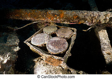 4 armoured piercing shells on the SS Thistlegorm