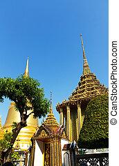 Grand Palace, Bangkok - Golden Chedi at the Grand Palace in...