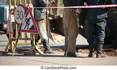 Repair of a road covering