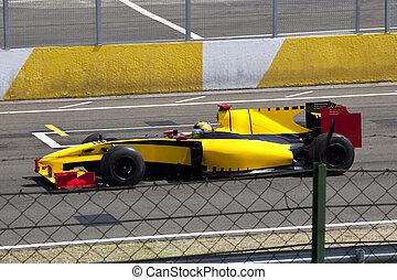 Formula 1 car - Beautiful Formula 1 car running at a maximum...