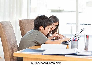 seu,  laptop, crianças, trabalhando, lar