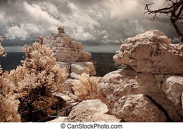 Grand Canyon Lovers - Lovers viewing the Grand Canyon from a...