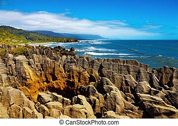 Punakaiki Pancake Rocks, New Zealand - Punakaiki Pancake...