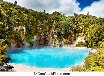 Hot thermal spring, New Zealand - Inferno Crater Lake in...
