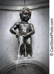 Boy Fountain - Famous statue Manneken Pis, Brussels -...