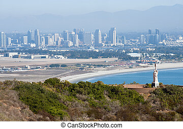 Point Loma panorama - Juan Rodrguez Cabrillo statue and...