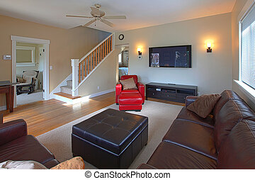 Large living room with plasma tv and leather sofas - Living...
