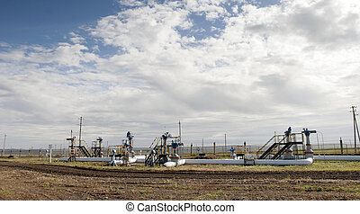Refiner. Oil industry – pipeline
